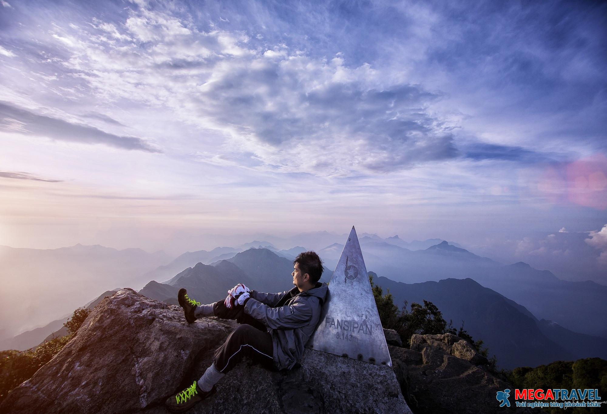 [Trekking] Tour trọn gói leo Fansipan 2 ngày 1 đêm mới nhất