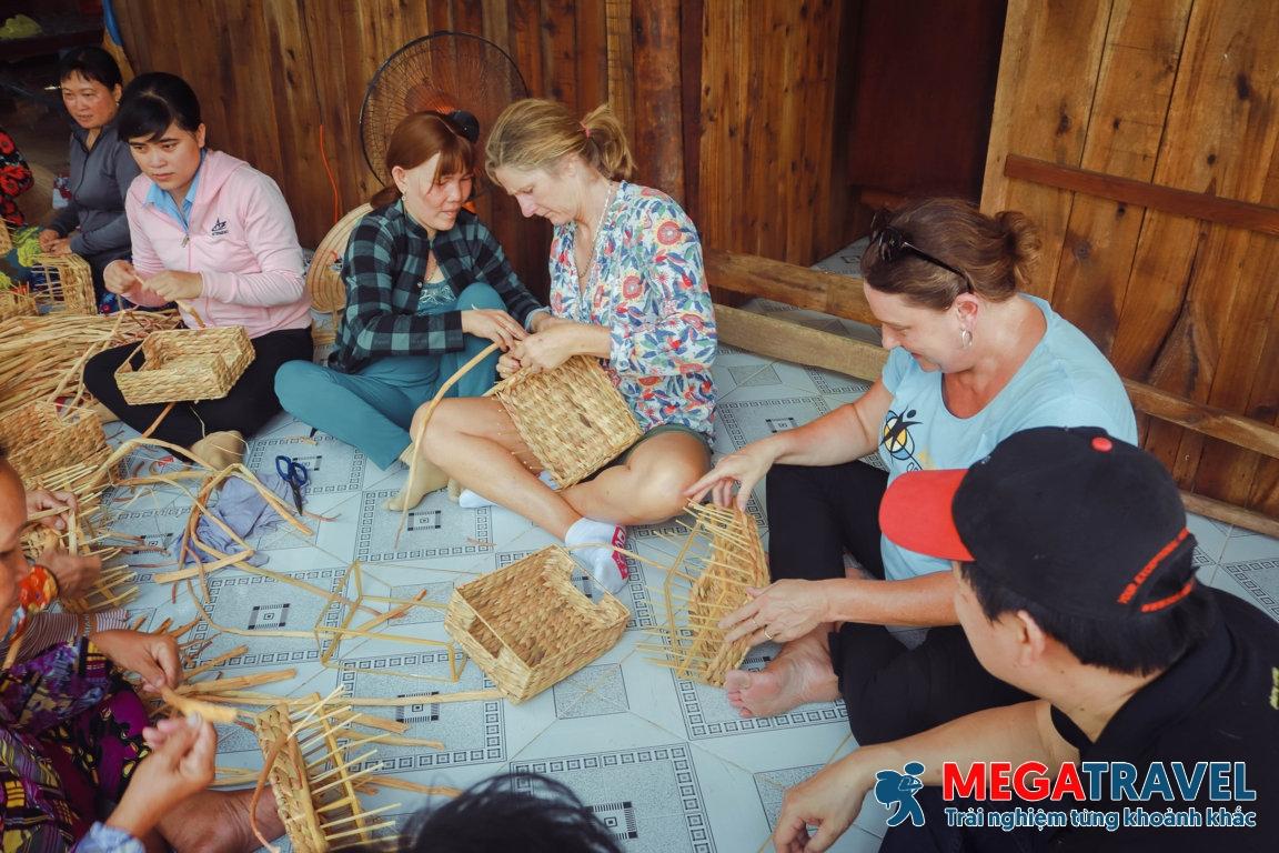Tour du lịch cộng đồng Ngã Năm – Sóc Trăng khám phá làng nghề truyền thống